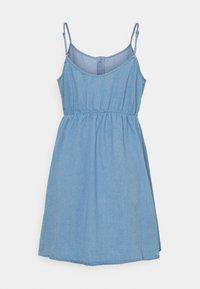 Vero Moda - VMFLICKA STRAP SHORT DRESS  - Denim dress - light blue - 1