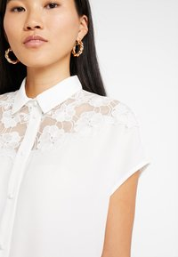 mint&berry - Button-down blouse - white alyssum - 3