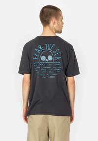 Roark - FEAR THE SEA - Print T-shirt - black - 1