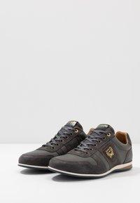 Pantofola d'Oro - ASIAGO UOMO - Trainers - dark shadow - 2