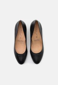 Unisa - Classic heels - black - 5