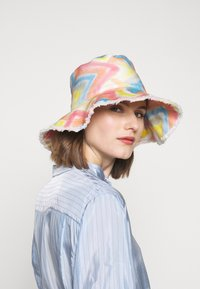 M Missoni - CAPPELLO ZIG ZAG CAPPELLO - Hat - multicolor - 1