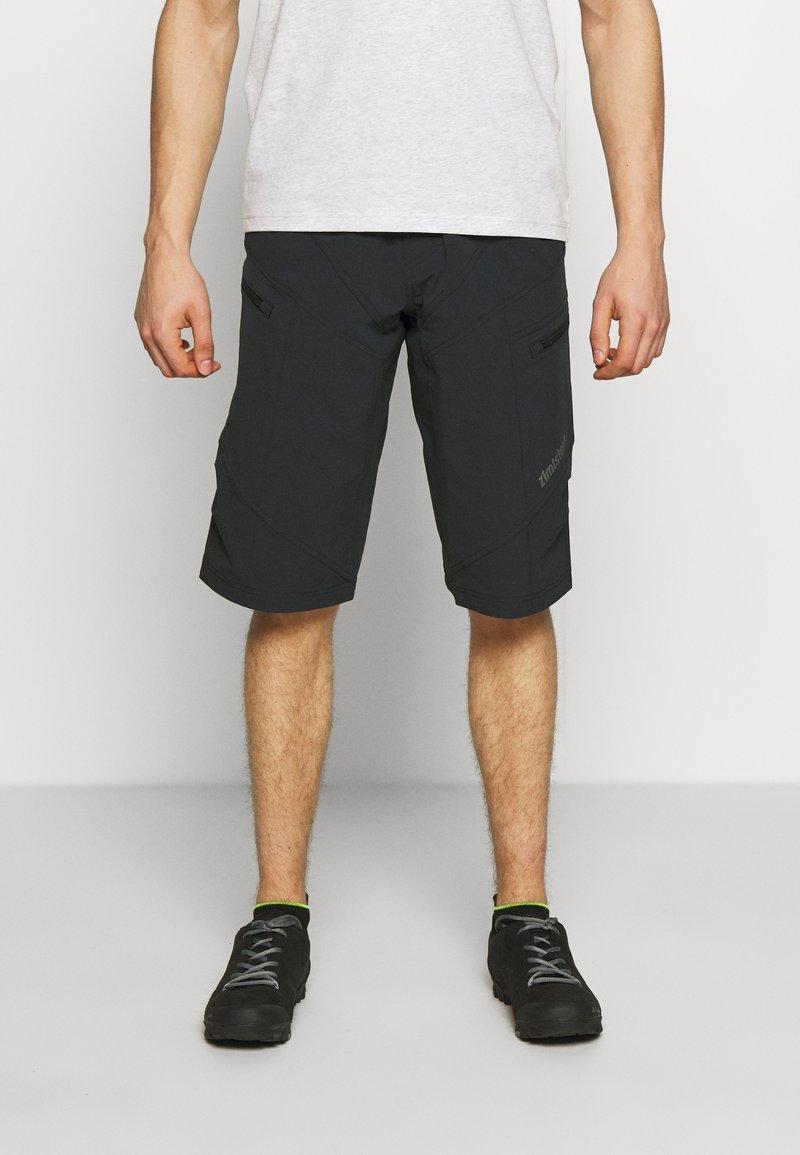 Zimtstern - TRAILSTAR EVO SHORT ME - Sports shorts - pirate black
