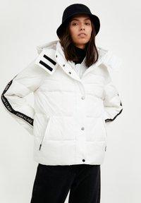 Finn Flare - Down jacket - white - 0