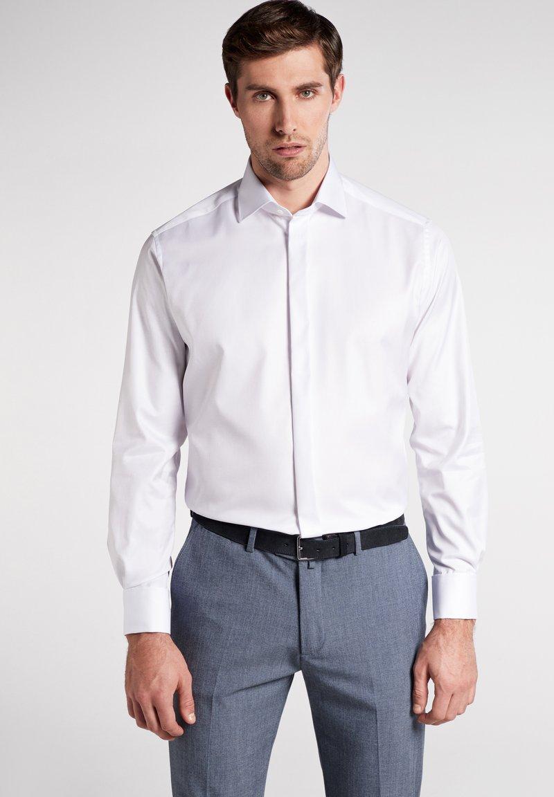Eterna - MODERN FIT - Business skjorter - white