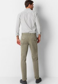 Scalpers - Trousers - taupe - 2