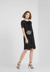 Bruuns Bazaar - CAMILLA CECILIA DRESS - Freizeitkleid - black - 1