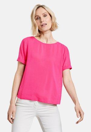 Camiseta básica - rasberry
