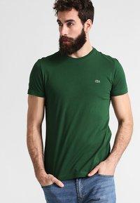 Lacoste - T-shirt basic - vert - 0
