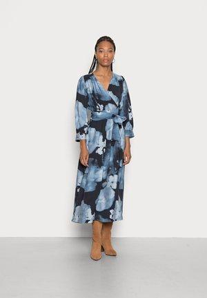 AVEN WRAP DRESS - Jurk - marine blue big shades