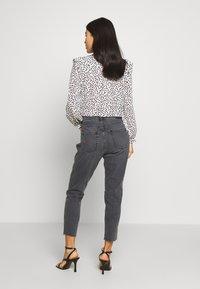 Ética - ALEX ANKLE - Jeans Tapered Fit - black denim - 2