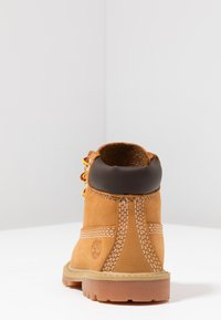 Timberland - 6 IN PREMIUM WP BOOT - Botines con cordones - wheat - 4