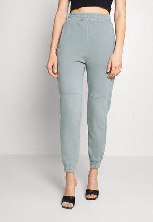 Teplákové kalhoty - green