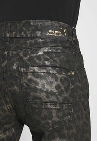Mos Mosh - SUMNER ANIMAL COATED  - Jeans Skinny Fit - gold - 5