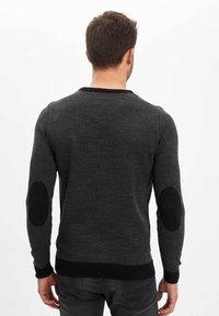 DeFacto - Sweter - black - 2