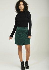 NAF NAF - A-line skirt - green - 1