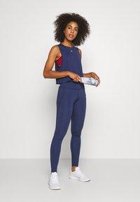 Tommy Sport - BUTT LIFT LEGGING - Legging - blue - 1