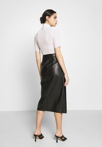 Who What Wear - THE VEGAN SARONG SKIRT - A-Linien-Rock - black - 2
