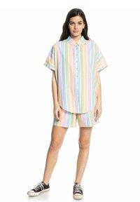 Quiksilver - PACIFIC DAZE  - Button-down blouse - sherbet stripe peach - 1