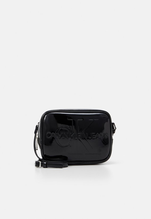 CAMERA BAG PATENT - Across body bag - black