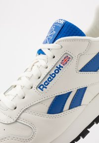 Reebok Classic - CL - Sneakers basse - chalk/blue/black - 5