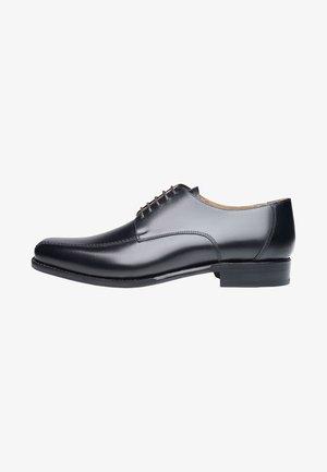 NO. 5571 - Smart lace-ups - black