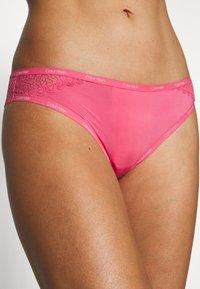 Calvin Klein Underwear - FLIRTY BRAZILIAN - Briefs - adored - 4