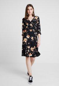 Vero Moda - VMREEDA V NECK DRESS - Day dress - navy blazer - 1