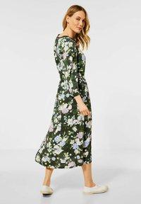 Cecil - BLUMEN PRINT - Day dress - grün - 1