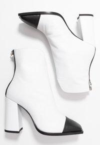 MSGM - Kotníková obuv na vysokém podpatku - white - 3