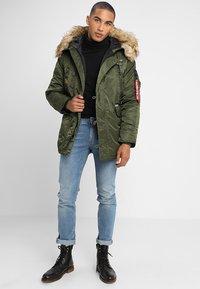 Alpha Industries - AIRBORNE - Winter coat - dark green - 1