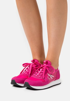 RUNNER SOCK LACEUP  - Trainers - party pink