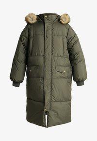 Urban Classics Curvy - LADIES OVERSIZE PUFFER COAT - Winter coat - darkolive/beige - 5