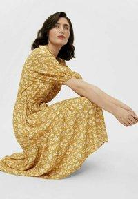 Object - Day dress - honey mustard - 5