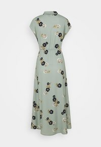 Vero Moda - VMFALLIE LONG TIE DRESS - Skjortekjole - green milieu - 7