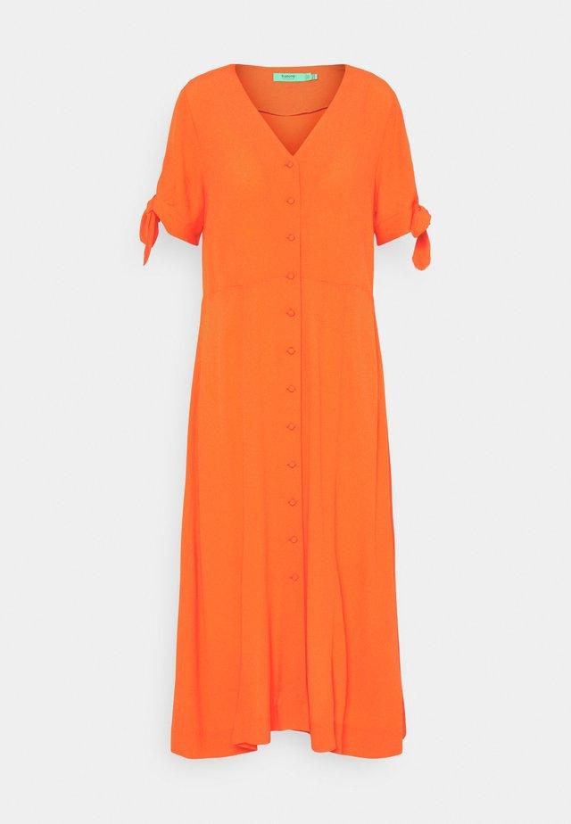 BYFLAMINIA DRESS - Sukienka letnia - grenadine