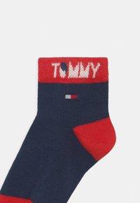 Tommy Hilfiger - WORDING 4 PACK UNISEX - Socks - dark blue - 2