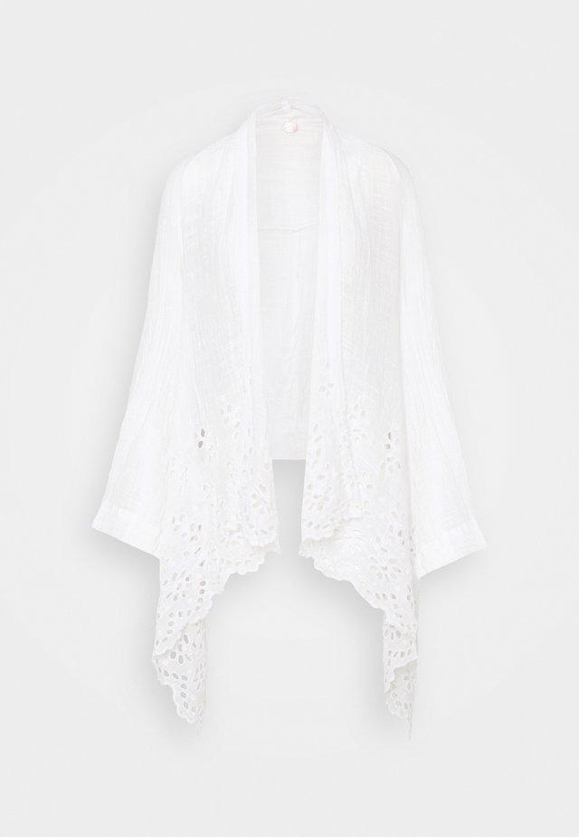 AMAIRA KIMONO - Korte jassen - white