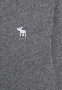 Abercrombie & Fitch - BASIC - Langærmede T-shirts - grey - 2
