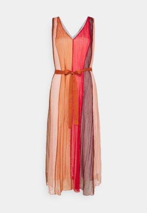 RECITAL DRESS - Robe longue - coral