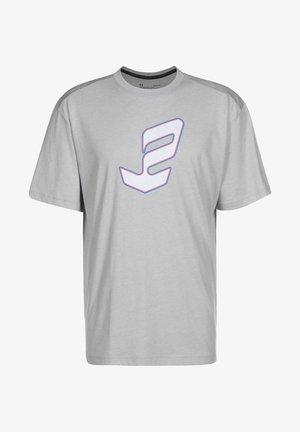 Print T-shirt - chalk / essgry
