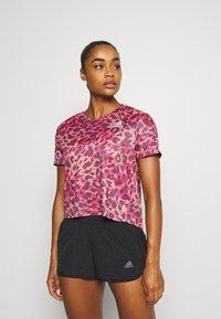 adidas Performance - PRIMEBLUE TEE - T-shirt con stampa - light pink - 0