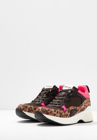 Replay - PLUS - Trainers - brown/pink - 4