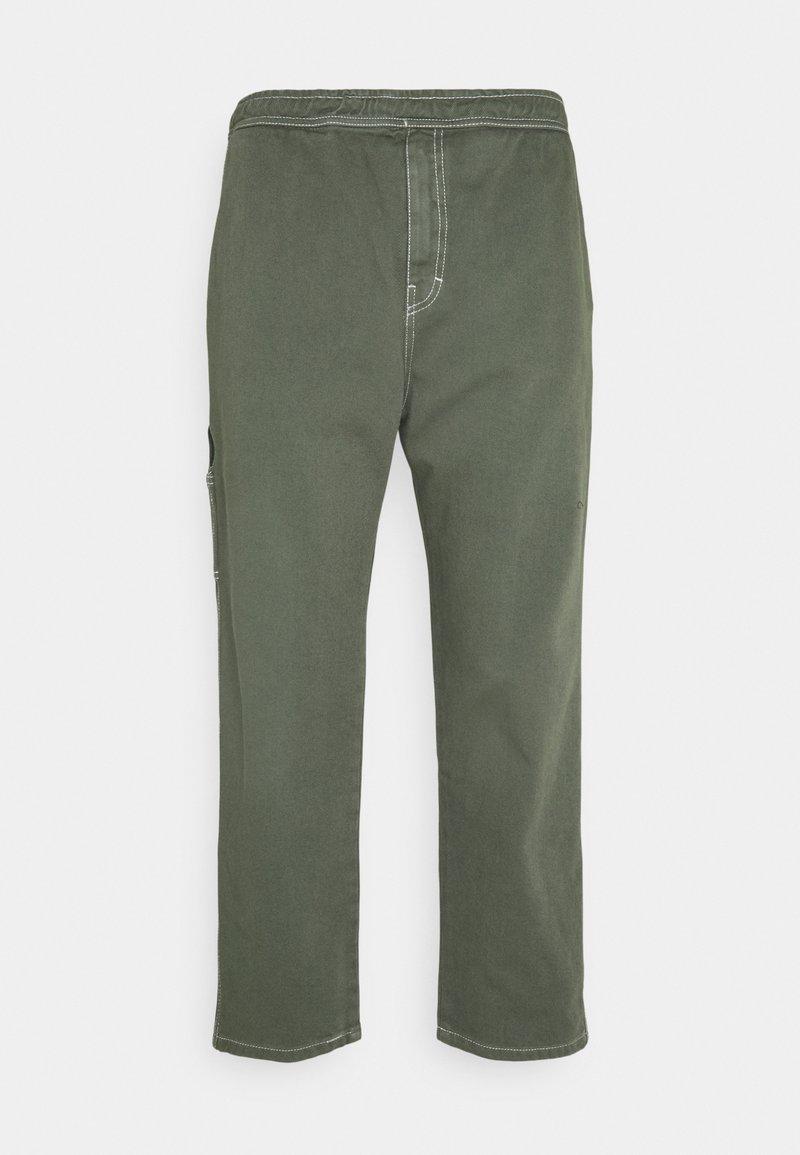 Kaotiko - CARPENTER TROUSERS UNISEX - Trousers - olive