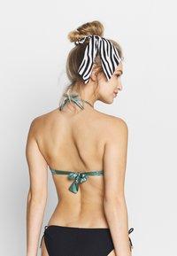 Max Mara Leisure - FABIO - Bikini top - gruen - 2