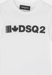 Dsquared2 - UNISEX - Print T-shirt - white - 2