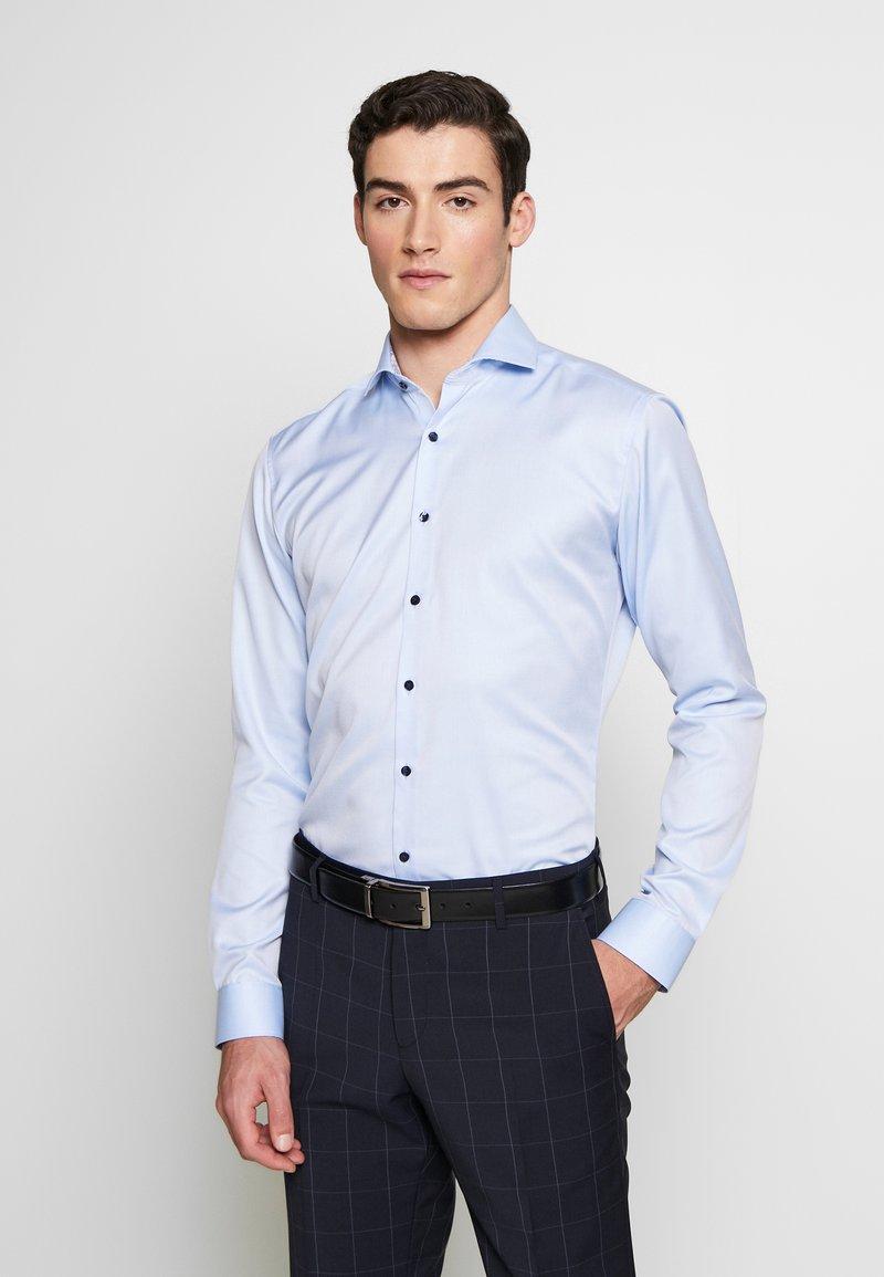 Eterna - SUPER SLIM FIT HAI-KRAGEN - Formální košile - blue