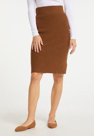 Pouzdrová sukně - braun