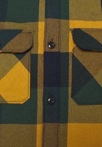 Selected Homme - SLHLOOSEREED CHECK - Shirt - ponderosa pine - 2