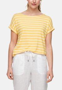 s.Oliver - Print T-shirt - sunset yellow stripes - 3